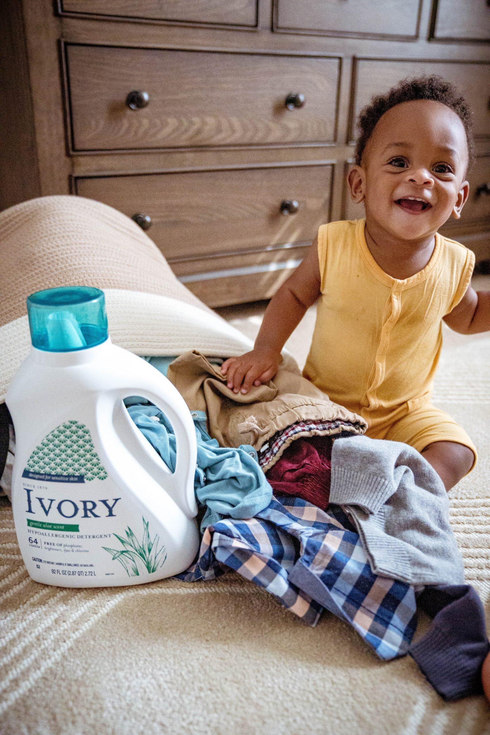 Livinglesh using ivory laundry detergent at walmart