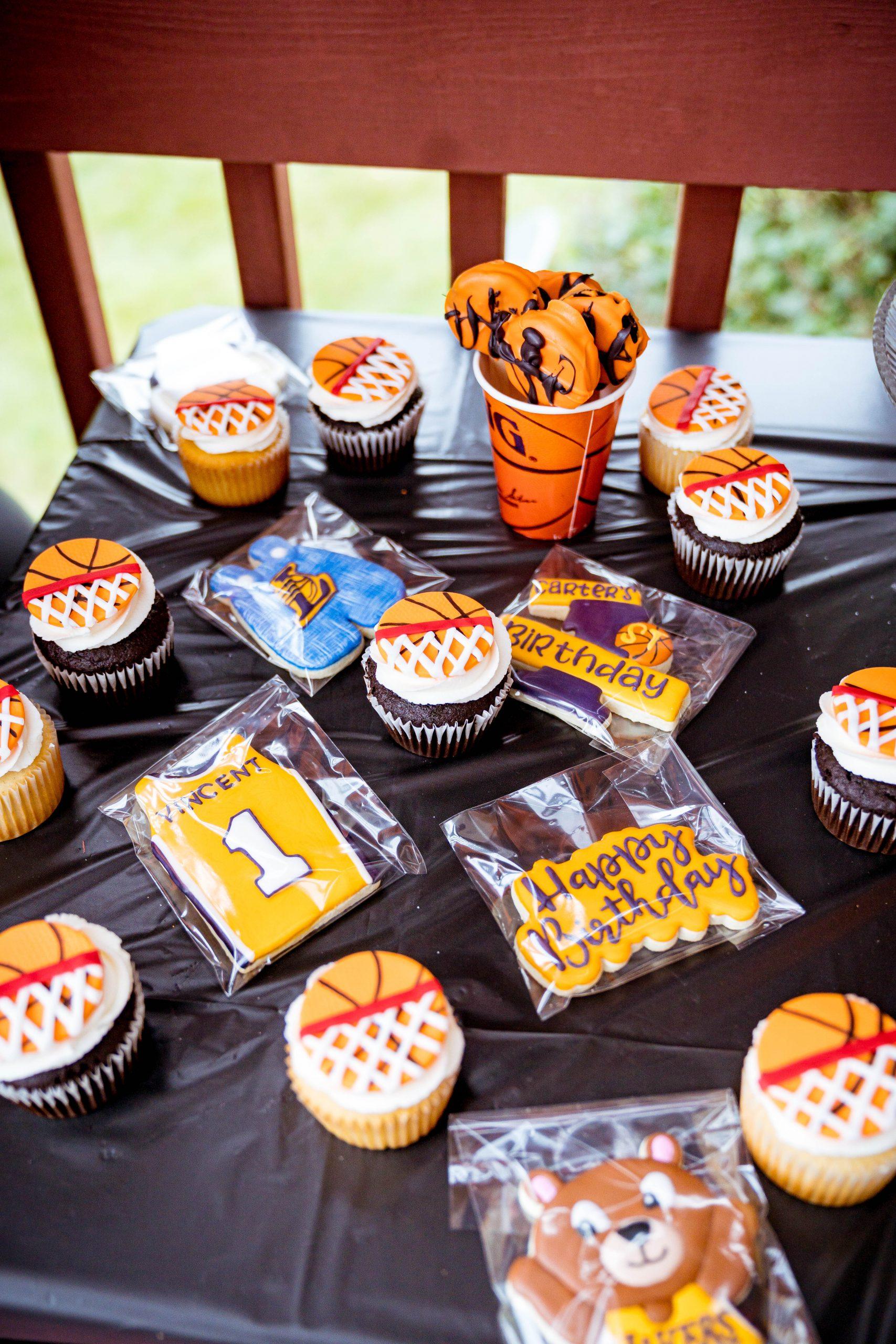 livinglesh basketball birthday party desserts
