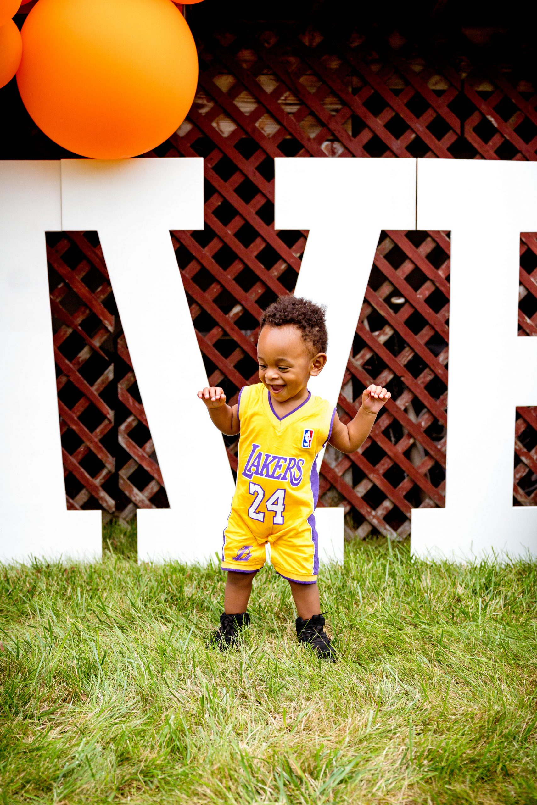 livinglesh lakers outfit toddler