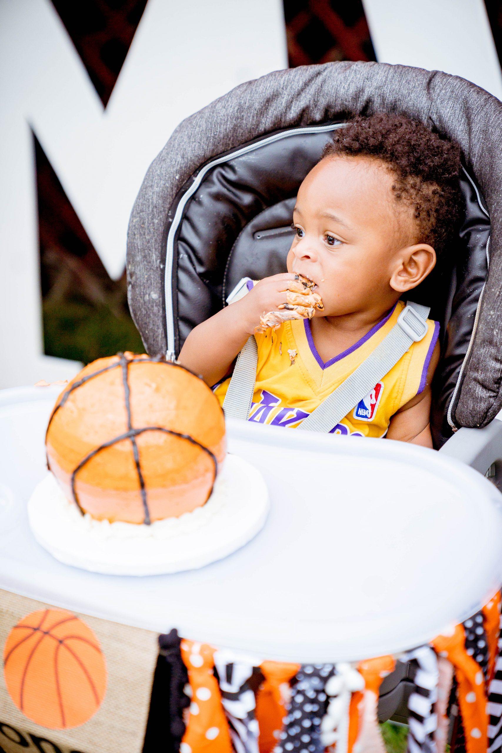 livinglesh smash cake in high chair basketball birthday party