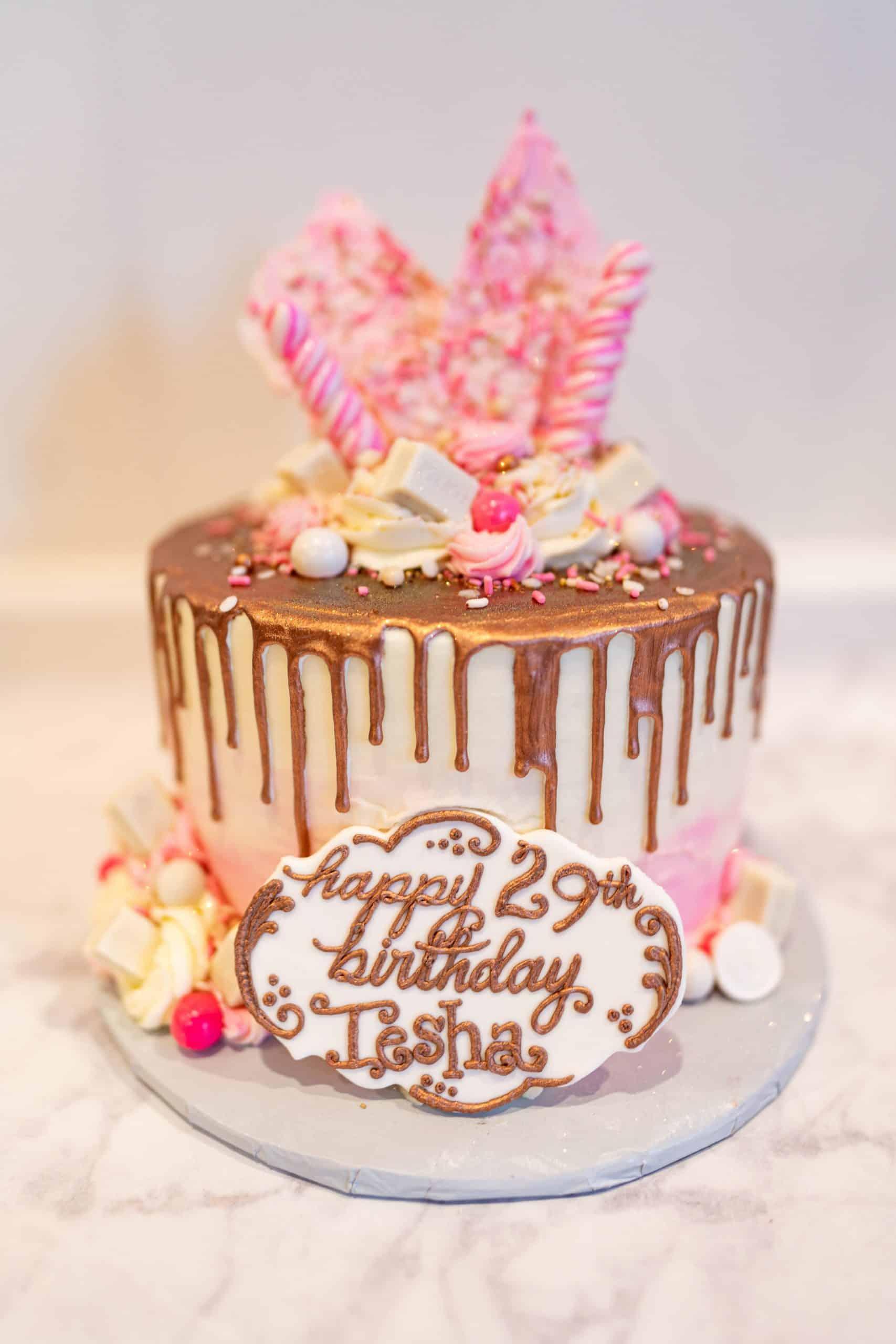 livinglesh masters baker birthday cake