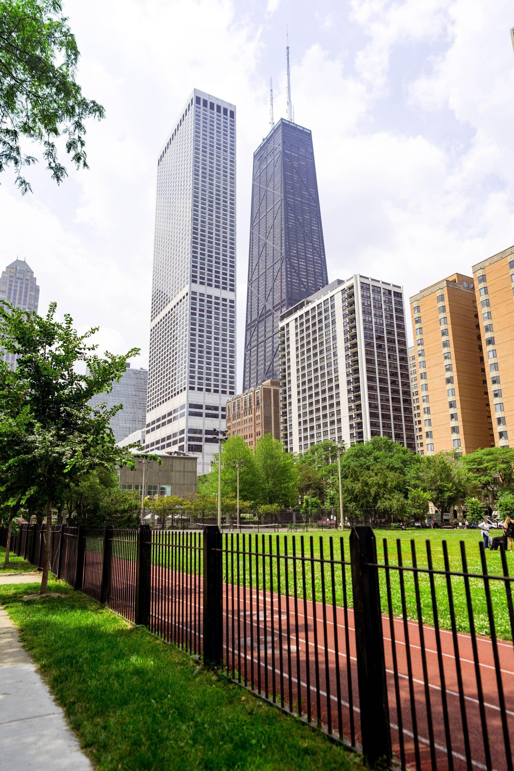 livinglesh chicago buildings