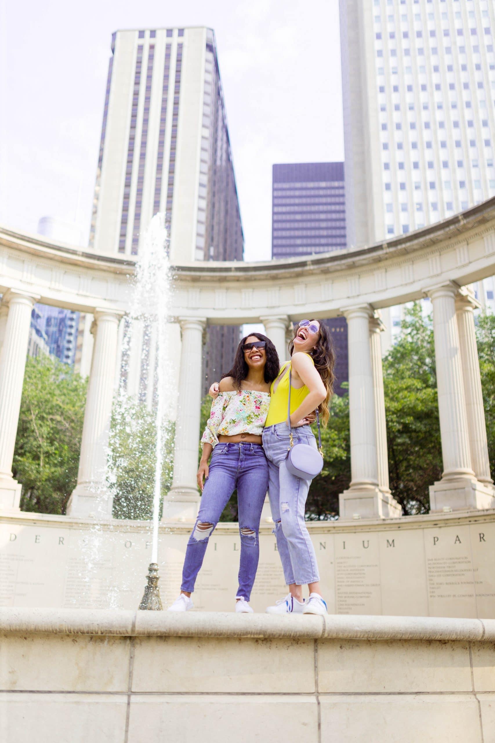 livinglesh chicago fountain in millenium park