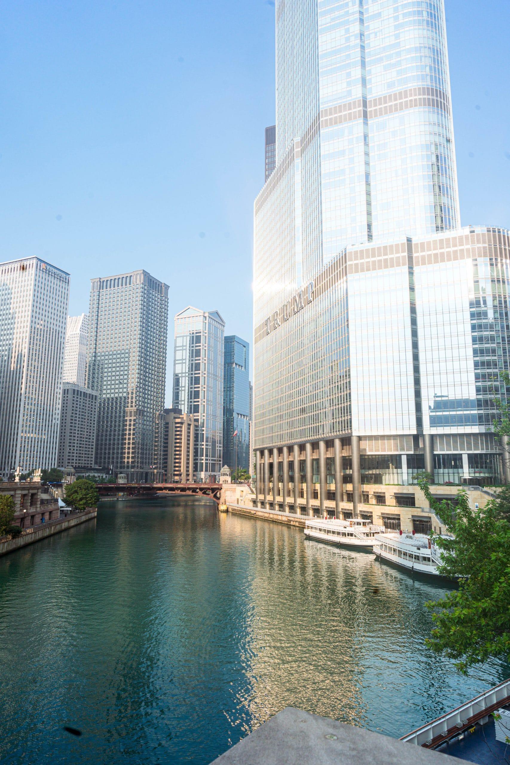 livinglesh chicago river