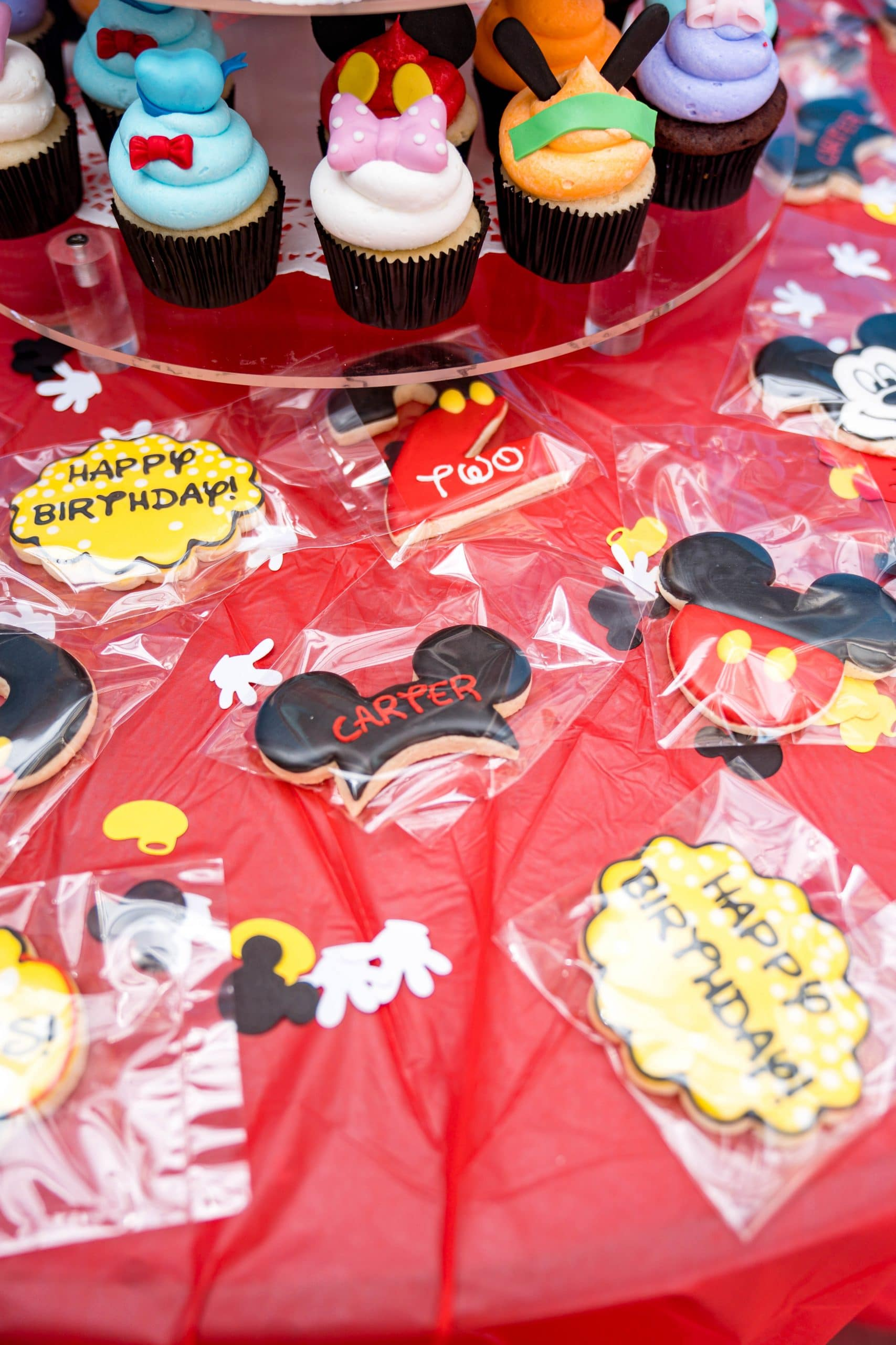 livinglesh mickey mouse clubhouse birthday party custom cookies