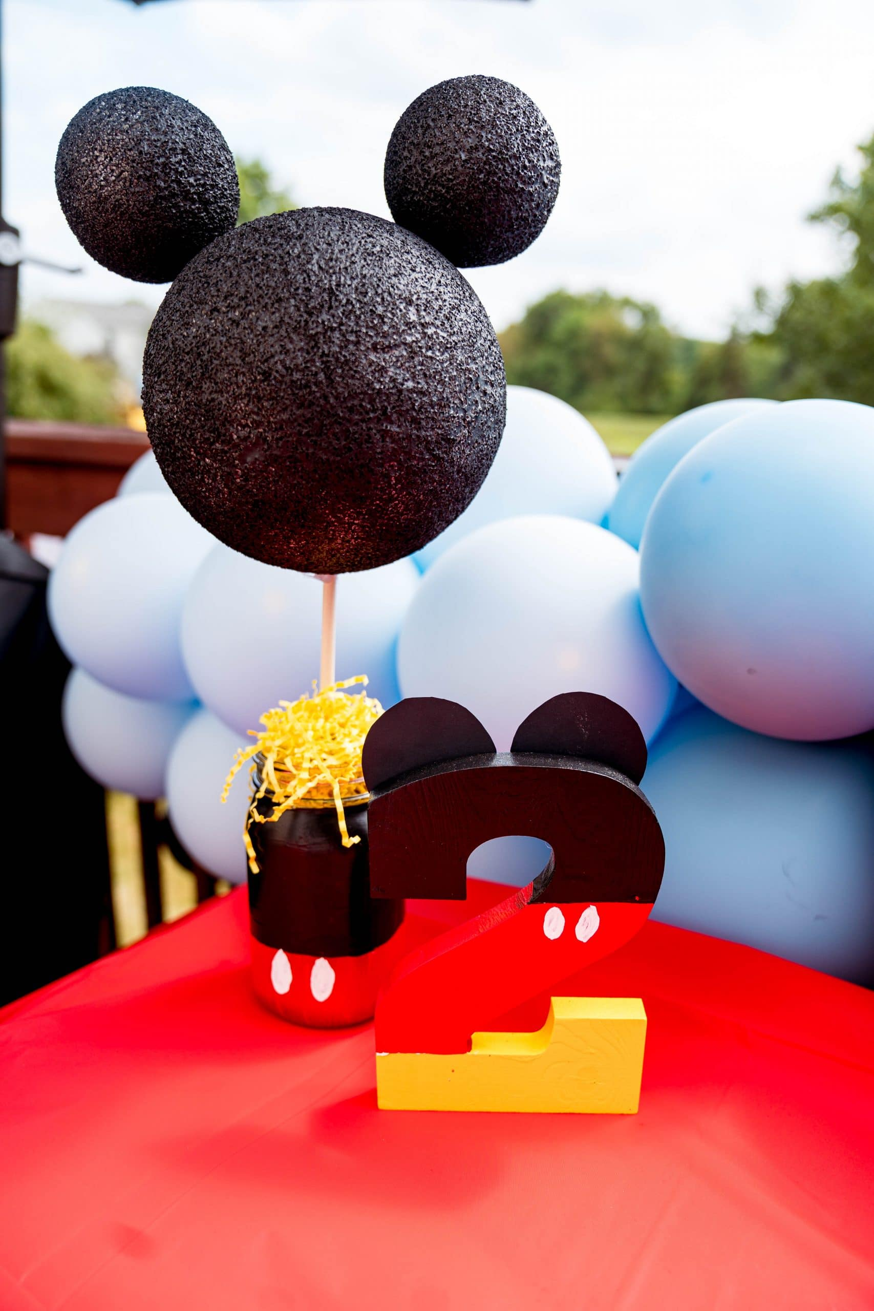 livinglesh mickey mouse clubhouse birthday party decor