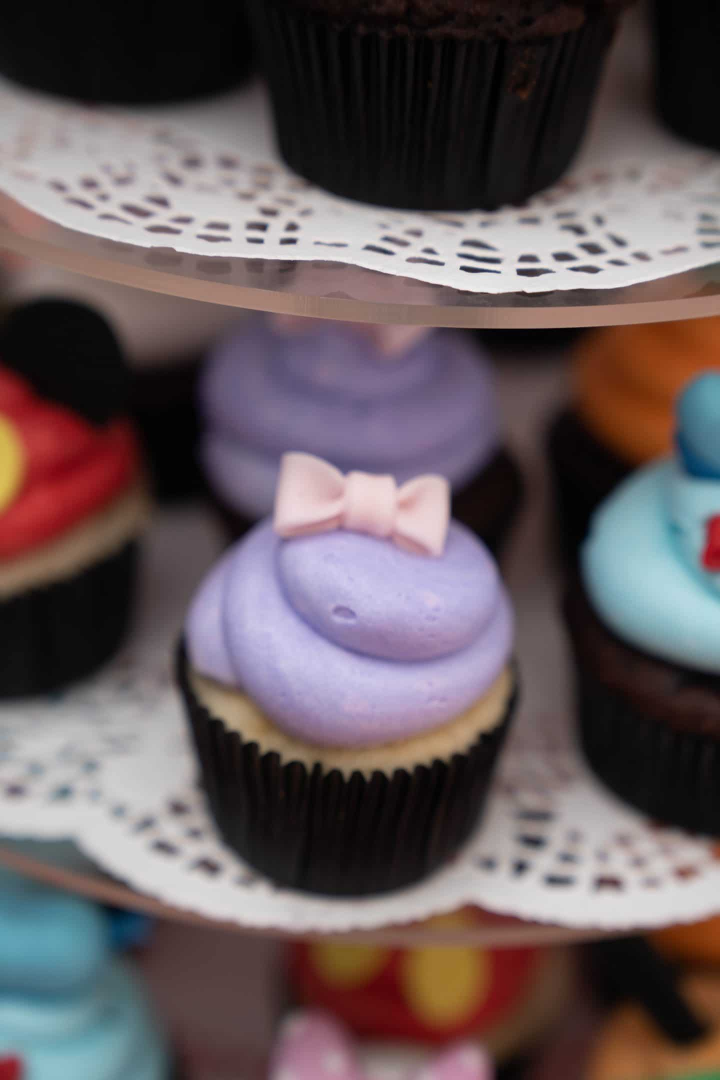 livinglesh mickey mouse clubhouse cupcake