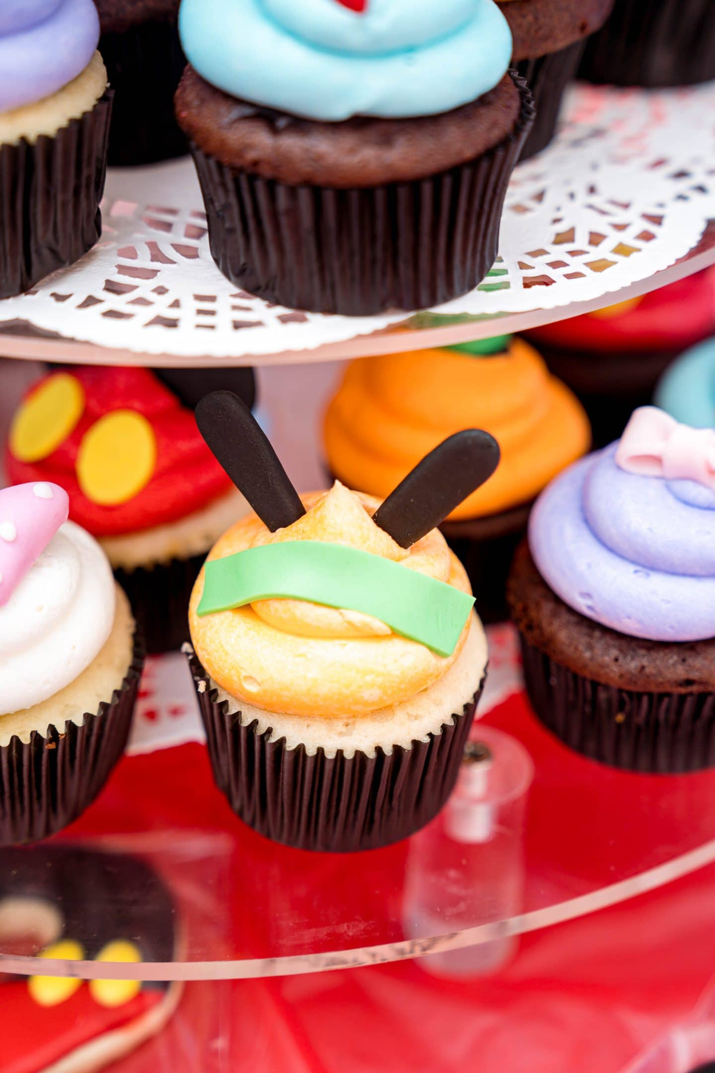 livinglesh mickey mouse clubhouse goofy cupcake