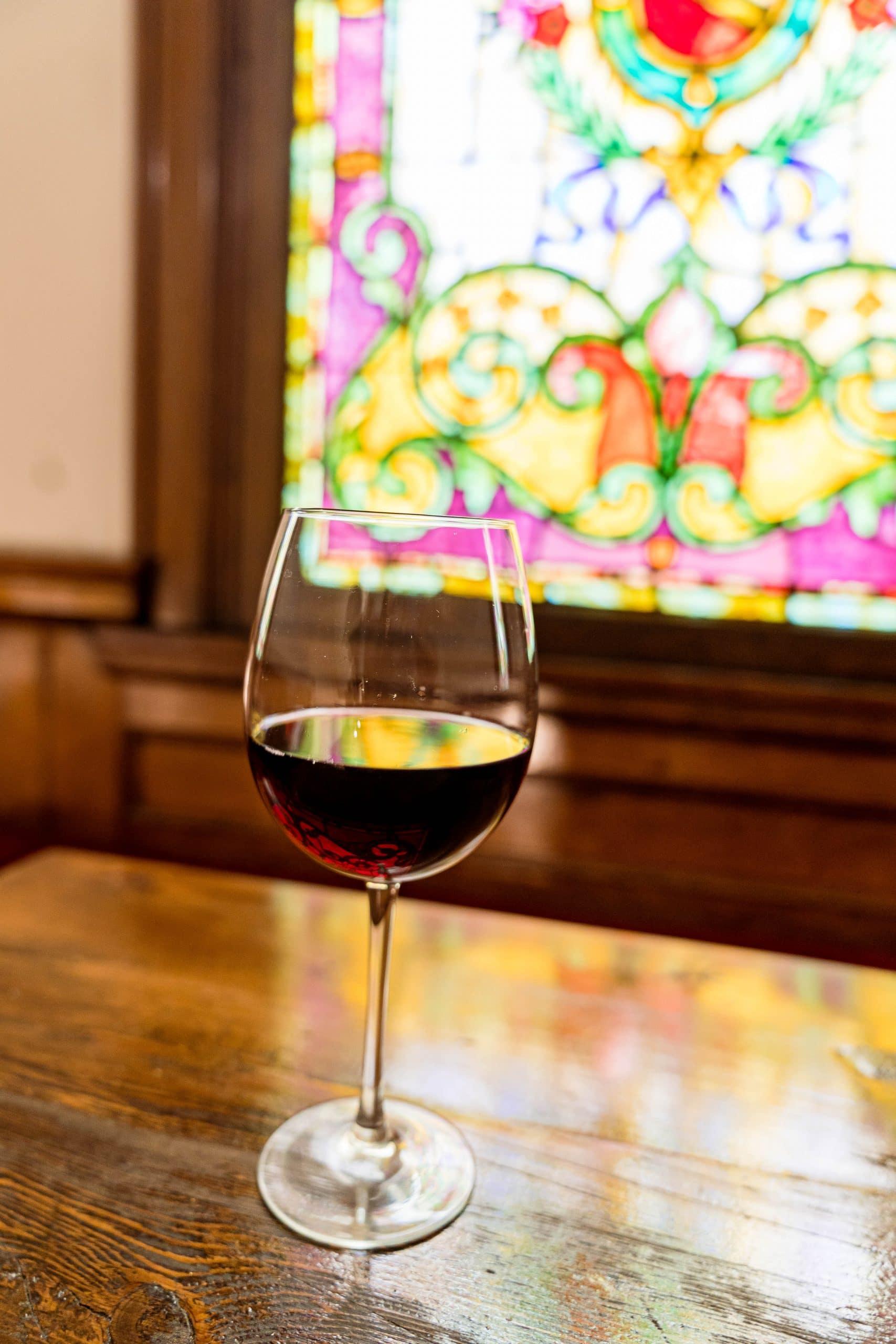 livinglesh wheeling good mansion wine