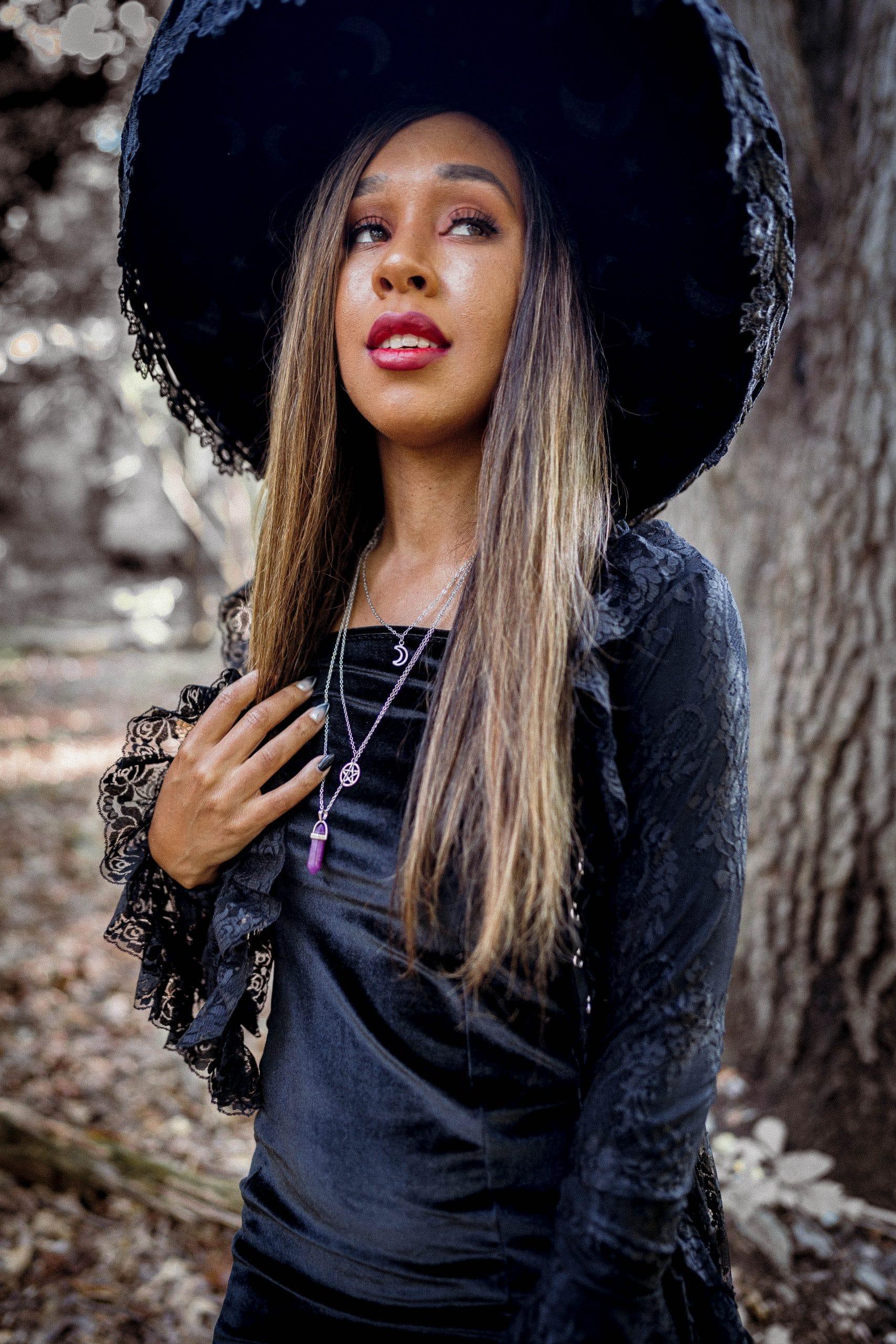 black witch costume diy by livinglesh