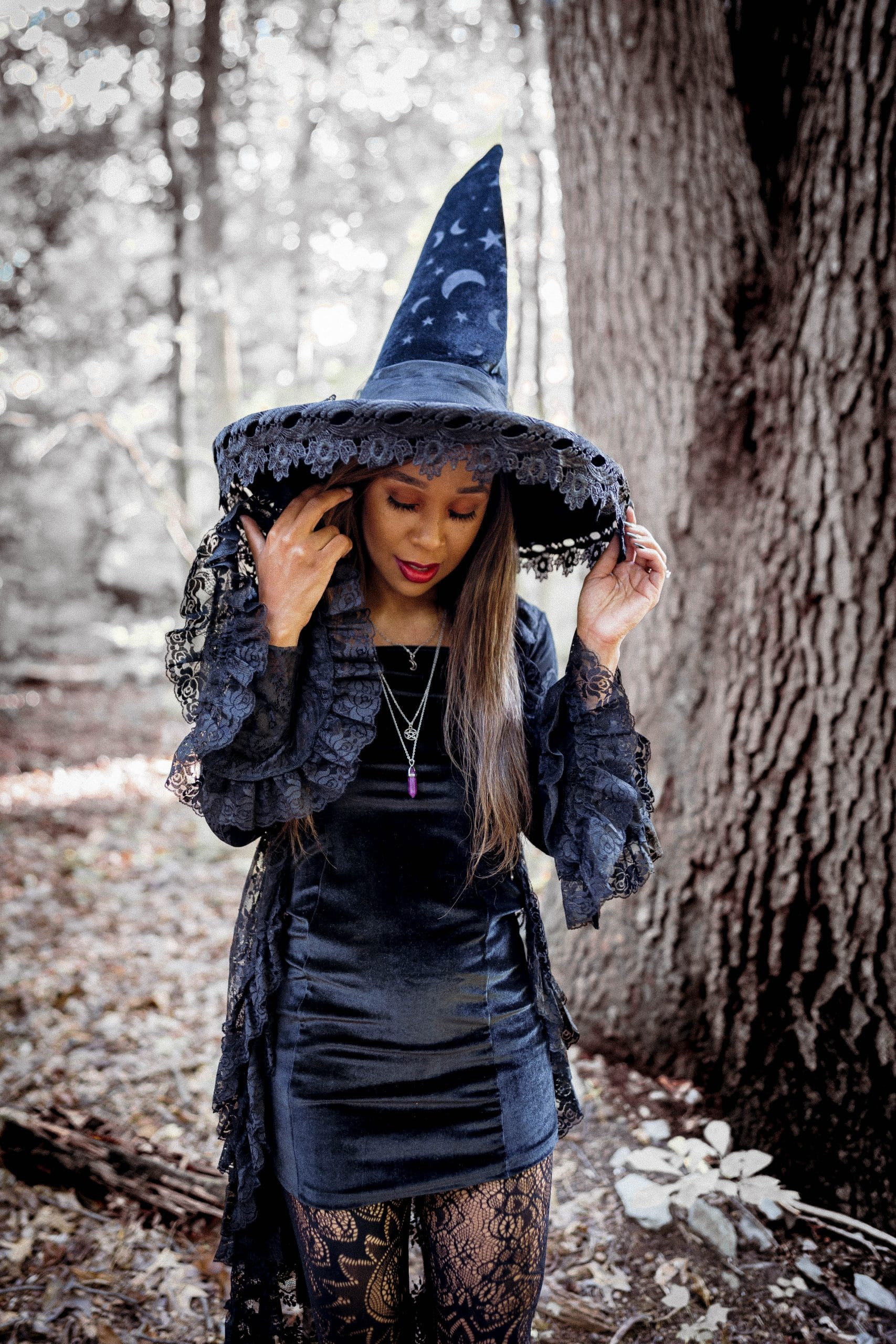 diy witch costume by livinglesh